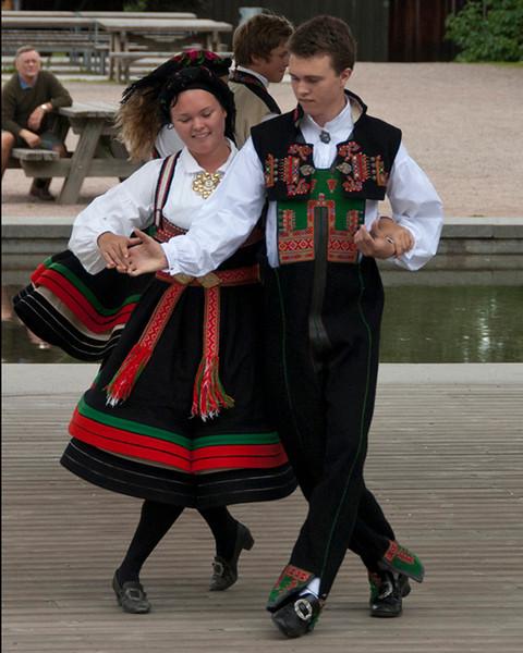 Folk Dancers<br /> Joe Tarlos