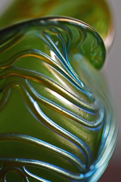Magazine Photography-B-HM-Debra Regula-Collecting Antique Art Glass