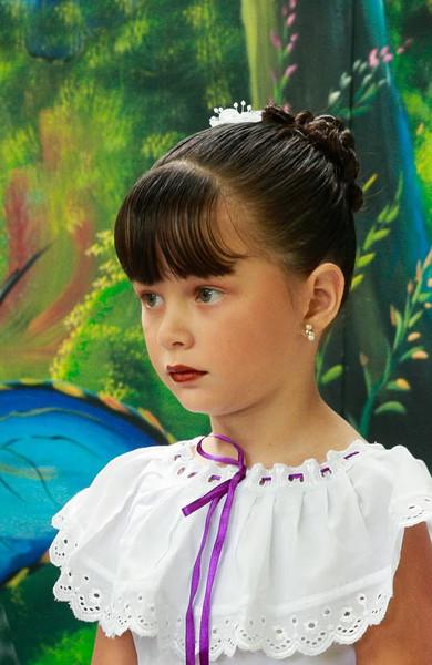 Open-Class B-Jennifer German-Costa Rican Schoolgirl