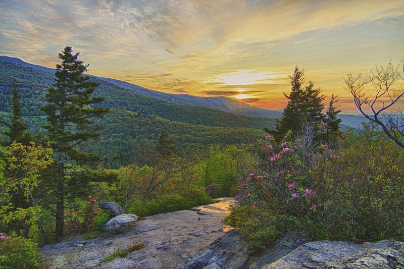 Open-Class B-Grace Hill-Sunrise on the Rock