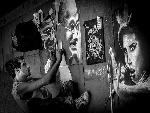 Mike Crowley Artist at Work