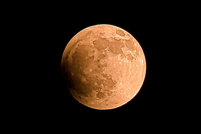 3-Intermediate-Assigned_-_Nightscapes-1-Lloyd_Blackburn-Blood_Moon