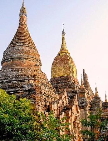 Vietnam 0563 Buddist Beauty