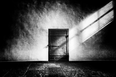 3-Intermediate-Assigned_-_Negative_Space-1-Karena_Angell-Door