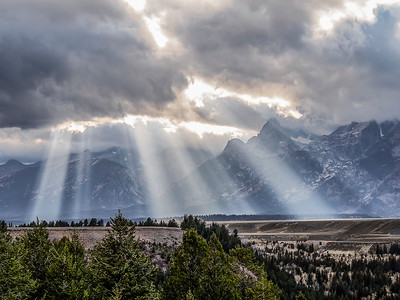 3-Intermediate-Assigned_-_Stormy_Landscapes-3-Bill_Tafuri-Breaking_over_the_Tetons