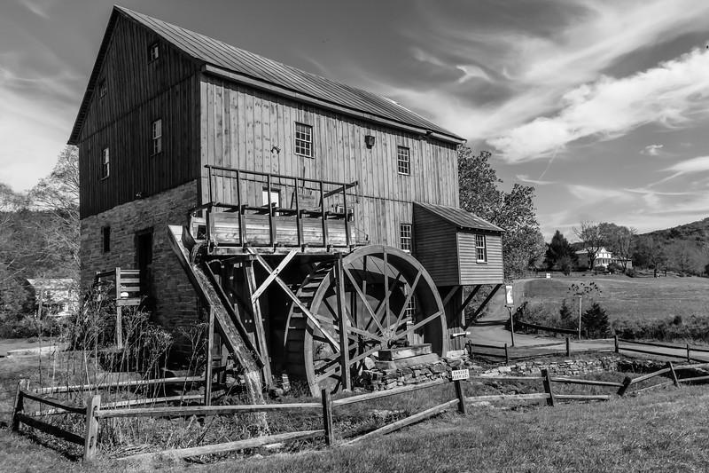 B&W-A-Wendell Dance-Wade's Mill