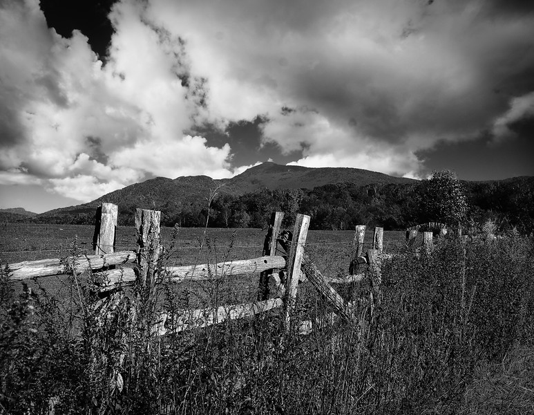 B&W-C-Grace Hill-Mountain Fence