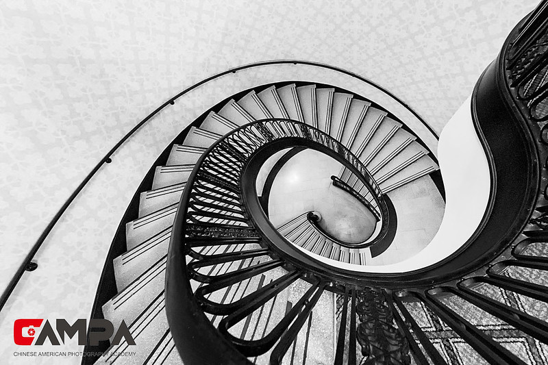 《楼梯》 摄影:孙毅梅