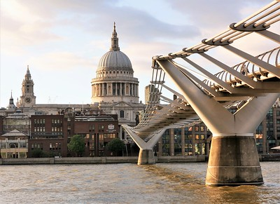 Millennium Bridge in the golden hour