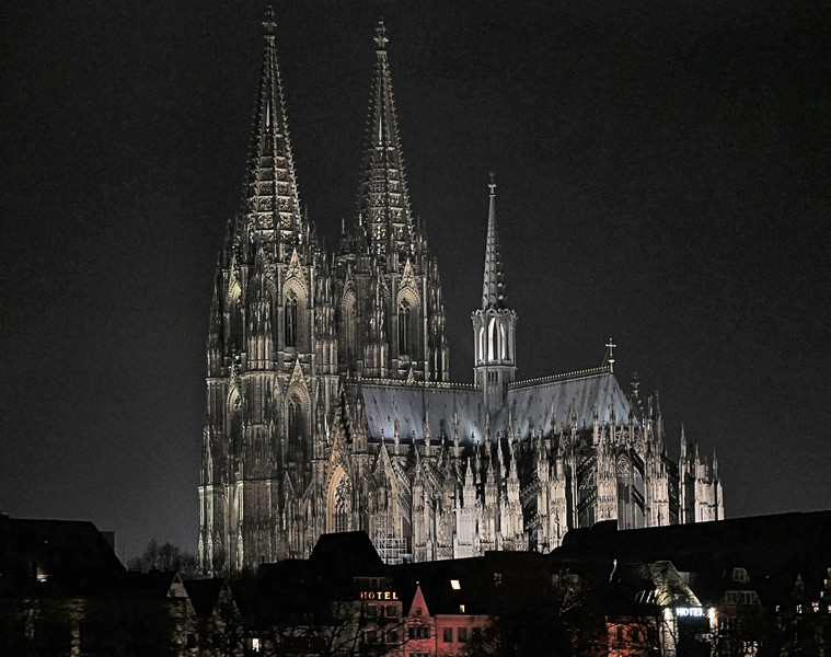 OLD-T1-Alan Brown-Cologne Cathedral