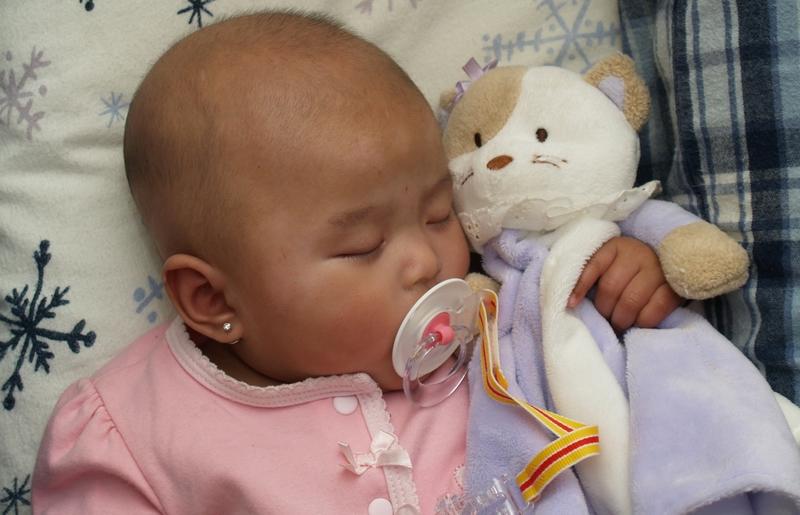 Bliss - My Granddaughter sleeping in Grandma and Grandpa's bed. 4/3 user - nalladj