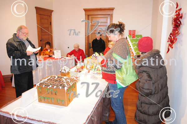 Aurora, IL Regional Fire Museum Ginger Bread FIREHouse contest 11-24-12