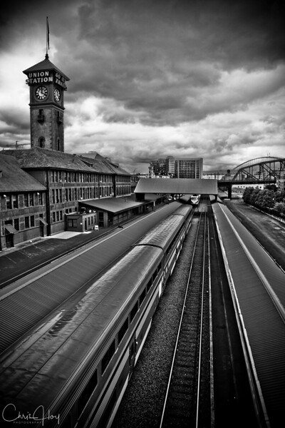 IMAGE: http://www.capturedimaginings.com/Competitions/Award-Winners/Union-Station/347327164_qSJy4-L-4.jpg