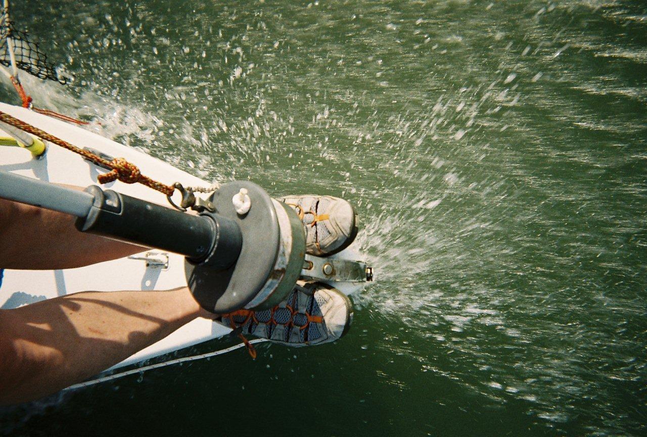 Riding the bow on autopilot