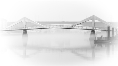 Fog at Tradeston Bridge