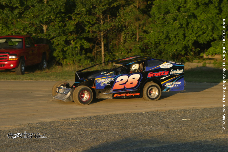 """Photography by BluelightPHOTO.com"" Photos by Filip Pesek <br /> Delaware International Speedway Auguest 12, 2006 Modified Cliff Foskey # 28"