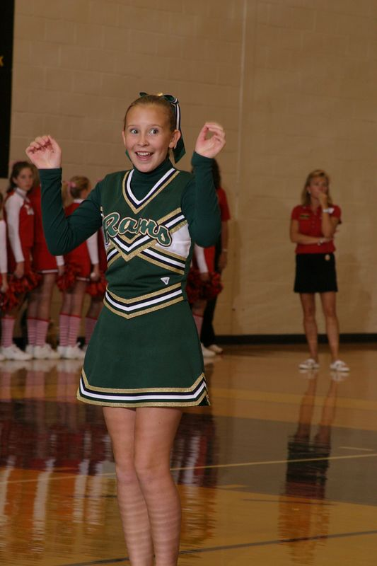 Grayson East (Cheer-off 6th grade 10-3-04)
