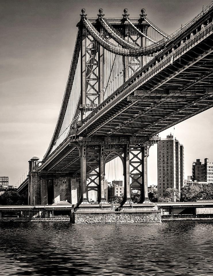 11 Under The Manhattan Bridge