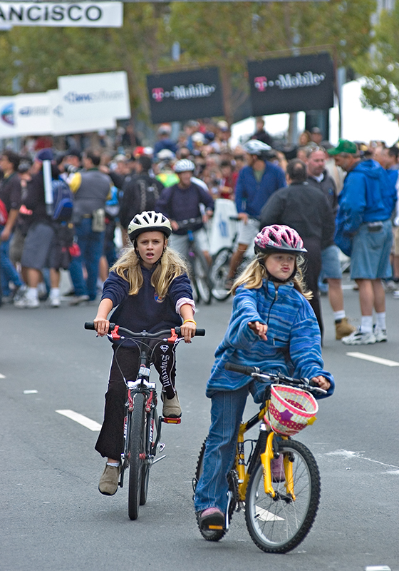 """Young Cycling Fans""<br /> <br /> T-Mobile International 2004, San Francisco<br /> <br /> Class: Children<br /> Place: Honorable Mention"