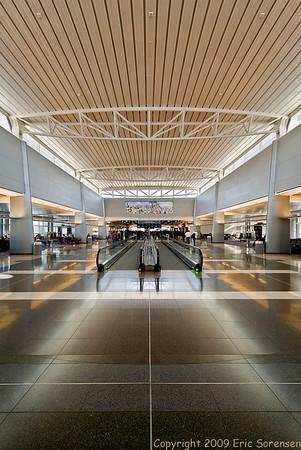 """McCarren Airport, Las Vegas""<br /> Large-color<br /> By Eric Sorensen<br /> Score: 11 July 2009"