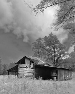 Barn and Storm by Wayne Tabor Category:  Large Monochrome Score:  13