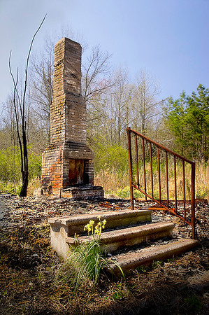 Burned up Home Place<br /> Maker:  Wilfred Smith<br /> Catagory :  Open Color<br /> Score:  12