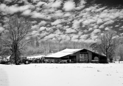 Maker:  Wayne Tabor Title:  Winter Farm Category:  Black & White Score:  12
