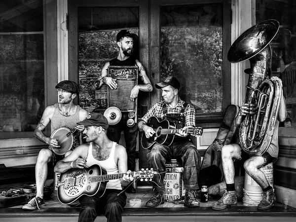 Maker:  Dwayne Anders<br /> Title:  Southern Band<br /> Category:  Black & White<br /> Score:  13