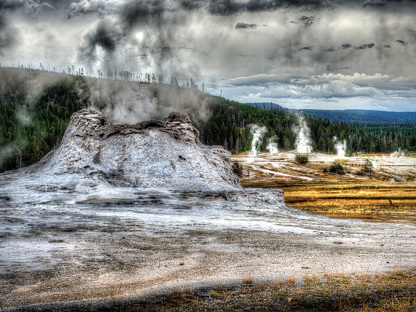 Maker:  Dwayne Anders<br /> Title:  Yellowstone Trail<br /> Category:  Landscape/Travel<br /> Score:  13