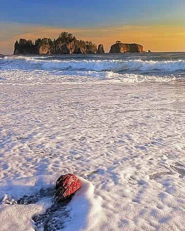 Maker:  Wayne Tabor<br /> Title:  Rialto Beach Sunset<br /> Category:  Landscape/Travel<br /> Score:  12
