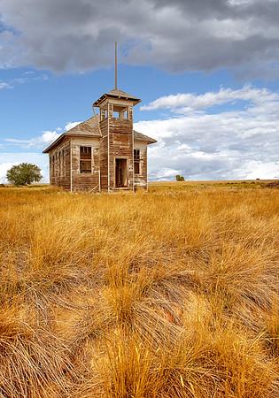 Maker:  Wayne Tabor<br /> Title:  School of Old<br /> Category:  Landscape/Travel<br /> Score:  14
