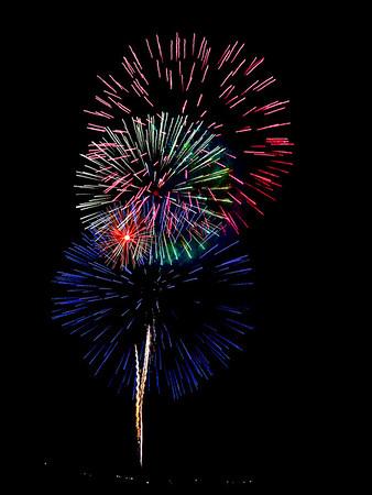 Maker:  Debbie Oxner<br /> Title:  Erath Fireworks<br /> Category:  Pictorial<br /> Score:  13