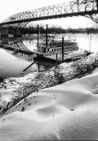 Maker:  Wayne Tabor<br /> Title:  Snow on the River Rose<br /> Category:  Black & White<br /> Score:  12