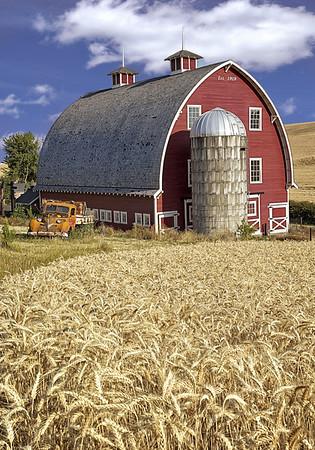 Maker:  Wayne Tabor<br /> Title:  1919 Barn<br /> Category:  Pictorial<br /> Score:  13