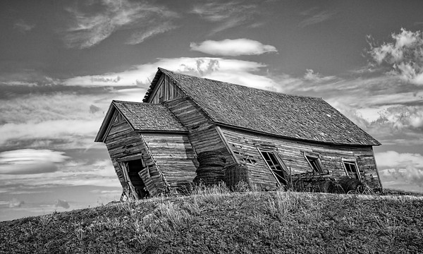 Maker:  Wayne Tabor<br /> Title:  Leaning School of Palouse<br /> Category:  Black & White<br /> Score:  12