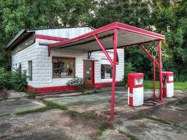 Maker:  Dwayne Anders<br /> Title:  Gas Station<br /> Category:  Pictorial<br /> Score:  12