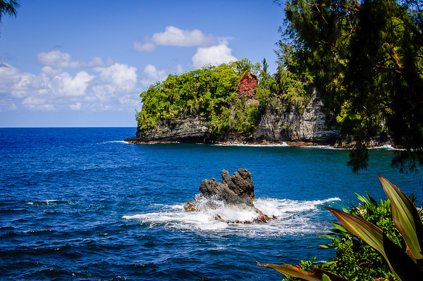 Maker:  Rickey Scroggins<br /> Title:  Hawaiian Coast<br /> Category:  Landscape/Travel<br /> Score:  12