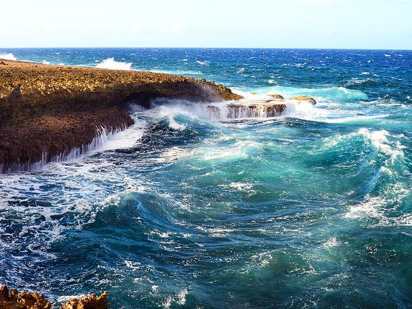 Maker:  Debbie Oxner<br /> Title:  Curacao Coast<br /> Category:  Landscape/Travel<br /> Score:  12