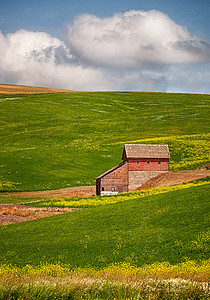 Maker: Wayne Tabor Title:  Palouse Barn Category:  Pictorial Score:  11