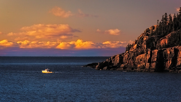 Maker:  Wayne Tabor<br /> Title:  Maine Coast Sunrise<br /> Category:  Pictorial<br /> Score:  11