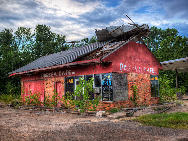 Maker:  Dwayne Anders<br /> Title:  Odessa Cafe<br /> Category:  Pictorial<br /> Score:  12
