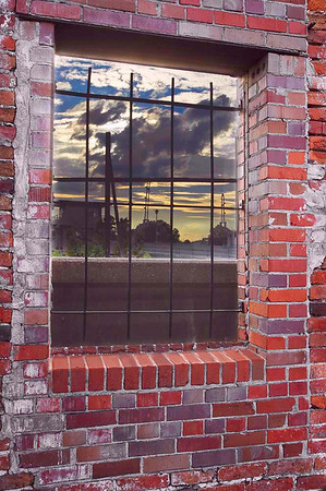 Window and Wall<br /> Catagory: Open Color<br /> Score:    13<br /> Maker:    Wilfred Smith  , 2008
