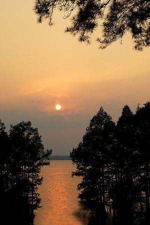 Sunset Caddo Lake<br /> Category: Nature<br /> Photographer: Maureen Verschelde<br /> Score: 11  , 2008