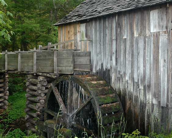 Cade's Cove Mill<br /> Category: Open Color<br /> Photographer: Bill Carroll<br /> Score: 11  , 2008