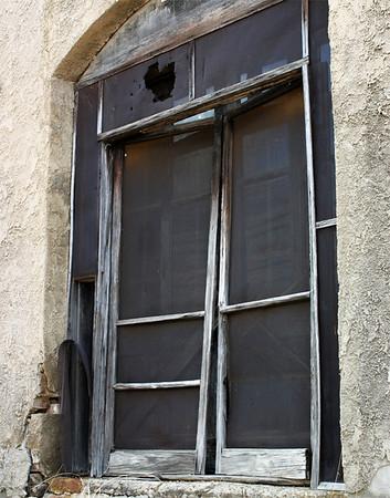 """Screen Doors""<br /> Category: Open Color<br /> Score: 11<br /> Maker: Glenda Collums  , 2008"