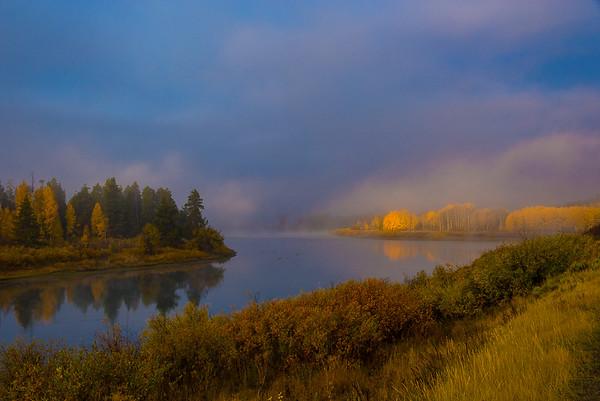 Maker:   Lee Davis<br /> Title:    Golden Moment Morning<br /> Category:  Landscape/Travel<br /> Score:  14