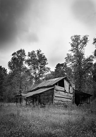 Maker:  Wayne Tabor<br /> Title:  Rustic Barn<br /> Category:  Black & White<br /> Score:  11