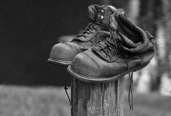 Maker:   Ronald Austin<br /> Title:    Old Boots<br /> Category:  Black & White<br /> Score:  12