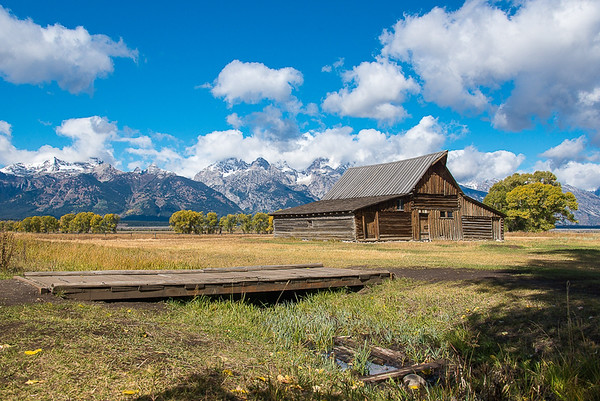 Maker:  Lee Davis<br /> Title:  T.A. Moulton's Barn<br /> Category:  Landscape/Travel<br /> Score:  13