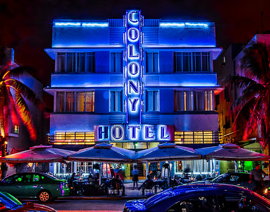 5. The Famous Colony at South Beach